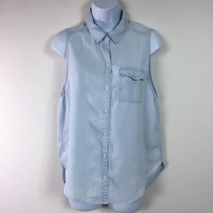 ABERCROMBIE & FITCH SLEEVELESS BUTTON DOWN SHIRT